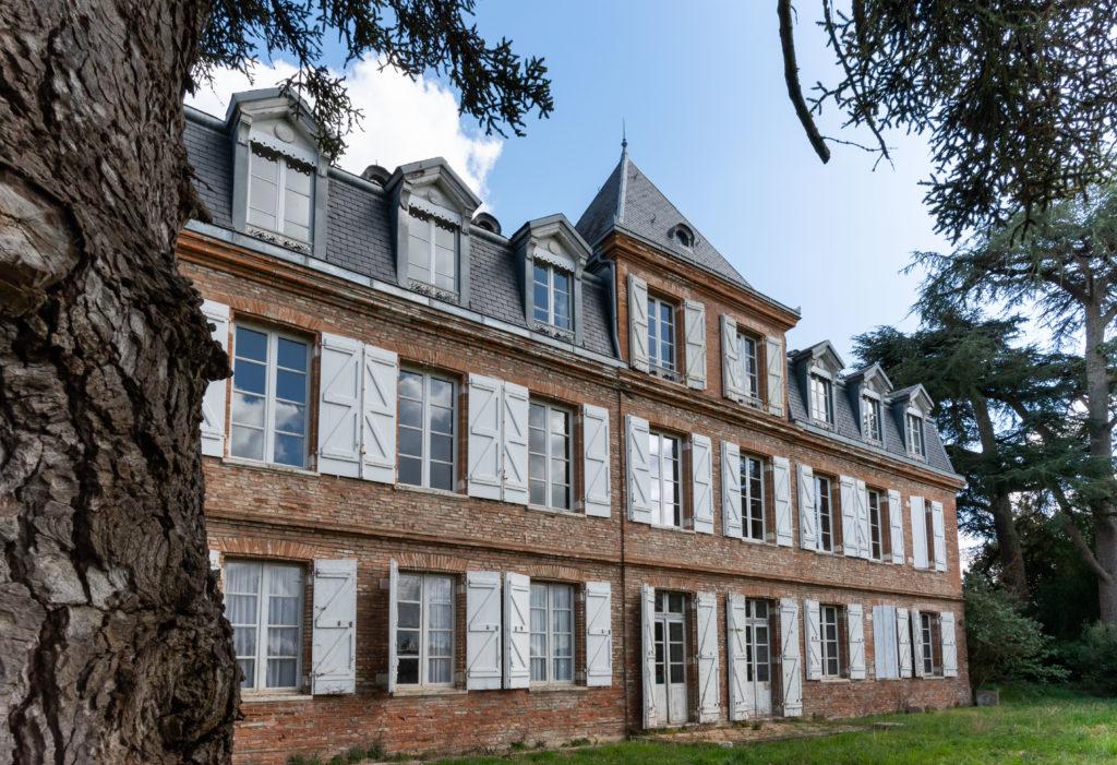 Eclisse Promotion - Le château du Pin façade